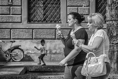 where's mine? (stevefge (away travelling)) Tags: 2018 deutschland duitsland germany munchen munich street people candid women children kids boys kinderen bicycles icecream reflectyourworld unsuspectingprotagonists blackandwhite bw monochrome zw zwartwit