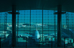 IMGP2315 Airbus A380-800 (Claudio e Lucia Images around the world) Tags: dubai airport uae emirati arabi uniti emiratiarabiuniti airbus airbusa380 terminal terminala pentax pentaxk3ii sigma sigma1020