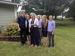 Trying to get a picture... (Kellen Family) Tags: thekellenfamily concert together fun memories excited happy purple blue navy blonde mom dad sisters brothers