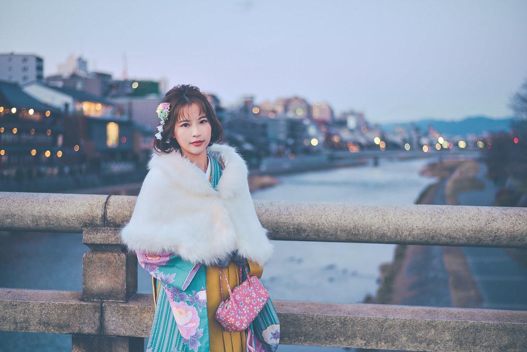 walking around kyoto in kimono-1-48