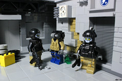 Now we must speak... (Devid VII) Tags: k81 minifigure minifigures minifig devidvii lego moc diorama military devid vii drone fugitive commercial district soldiers war