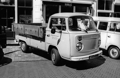 Zeeuwse keverdag Goes - 2018 (Ronald_H) Tags: zeeuwse keverdag goes vw volkswagen aircooled 2018 classic car oldtimer bw black white washi s washis nikon fm10 film