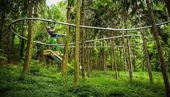 It's there: the Rollercoaster Zipline #rollercoaster #zipline #zipwire #zipcoaster http://j.mp/1NUI4yw (Skywalker Adventure Builders) Tags: high ropes course zipline zipwire construction design klimpark klimbos hochseilgarten waldseilpark skywalker