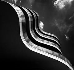 balcony (MAICN) Tags: 2018 lines vhs building mono linien sw bw blackwhite monochrome geometrisch dark schwarzweis architecture einfarbig architektur geometry gebäude