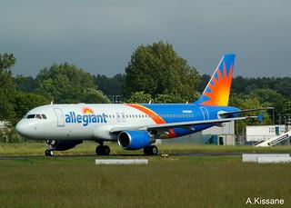 ALLEGIANT A320 N260NV