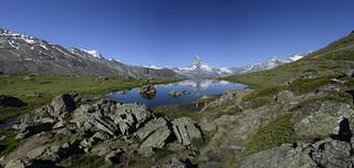 Matterhorn mit Stellisee / Switzerland