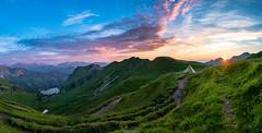Panorama am Seealpsee (F!o) Tags: seealpsee panorama allgäu alpen alps mountains berge wiese alm almwiese sonnenstern blendenstern sunstar sky himmel clouds colour landscape landschaft sigma16mm