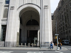 Art Deco Archway of the Met Life Building NYC 5378 (Brechtbug) Tags: afternoon archway with gates met life buildings next madison square park arch architecture avenue 23rd street nyc photographed 2018 new york city clock tower downtown manhattan flatiron district east side pedestrian walkway july 07152018 gate art deco style