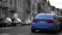 BMW M3 (VisaStenvall) Tags: canon eos 6d 24105 mm f4 l is usm finland suomi helsinki summer car road eira parked luxury fast sport blue bmw m3 3series b w black white bw evening night huvilakatu ullanlinna