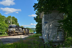 Clear CP SR (Arkangel Productions) Tags: nysw norfolk southern ns tier line cp sr tower oakland pa james e strates carnival train
