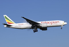 ET-ANN (JBoulin94) Tags: etann ethiopian airlines boeing 777200lr washington dulles international airport iad kiad usa virginia va john boulin
