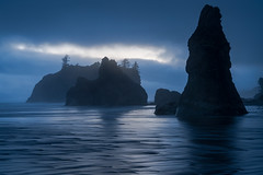 Ruby Beach (Jeremy Duguid) Tags: olympic national park washington seattle ruby beach ocean waves sunset dusk blue hour sea stacks travel nature parks west coast coastal western pacific jeremy duguid sony