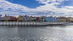 Río Guadalquivir Triana Sevilla (mamayo.gonzalez) Tags: seville spain andalucia alandalus sigma19mm f28 a6000 somy sony mirroless sinespejo triana callebetis river europe art