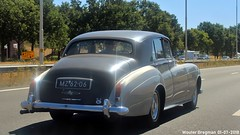 Bentley S3 Saloon 1963 (XBXG) Tags: mz6206 bentley s3 saloon 1963 bentleys3 a1 amersfoort nederland holland netherlands paysbas vintage old classic british car auto automobile voiture ancienne anglaise brits uk vehicle outdoor