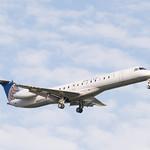 United Express Embraer 145 Landing at IAH 1806111801 thumbnail