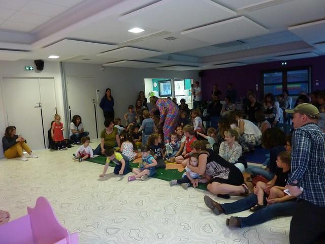 Photo 1 - Le service petite enfance fête l'arrivée de l'été!