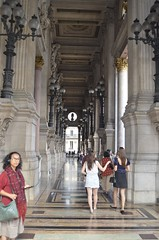 Palais Garnier, opera house, 9th Arrondissement, woman, (David McSpadden) Tags: arr fifth paris palaisgarnier operahouse 9tharrondissement woman
