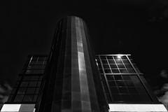 round tower (MAICN) Tags: turm glass vhs leeuwarden reflection windows gebäude bw blackwhite monochrome geometrisch fenster architecture reflektion lines architektur building mono linien mirroring glas himmel 2018 fassade tower schwarzweis spiegelung front sky einfarbig hochhäuser geometry sw