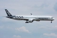 F-WLXV Airbus Industries Airbus A350-1000 Farnborough (rmk2112rmk) Tags: fwlxv airbus industrie a3501000 farnborough a350 eglf fab airliners airplane jet jetliner planespotting spotting airliner aircraft airport plane aviation civilaviation a350k