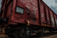 Industriegebiet... (hobbit68) Tags: wagon train zug clouds wolken sky himmel red rot industriegebiet industry industrie germany fujifilm xt2