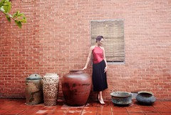 Vietnamese Traditional Dress Ao Dai Ao Yem Fashion Model (Hai Tuoi) Tags: vietnamese traditional dress ao dai yem fashion model hue tim purple