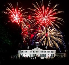 MV1_TOM3697 (tfinzel) Tags: mount vernon washington fireworks night mt estate