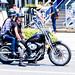 Couple riding Harley Davidson : ハーレーダビッドソンに乗って…