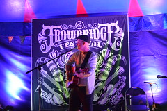 DSC_0148 (richardclarkephotos) Tags: trowbridge festival stowford farm wiltshire uk farleigh hungerford richard clarke photos richardclarkephotos © manor child dog people friendly live event