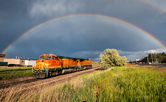 30 Minute Prism (Wheelnrail) Tags: bnsf burlington northern santa fe train trains rainbow double ge b408w railroad railway front range subdivision broomfield colorado longmont turn prism rain tree storm light