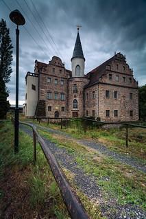 moated castle Oberau II