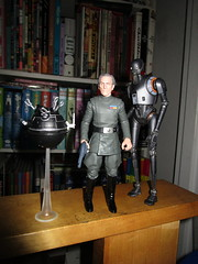 Grand Moff Tarkin with Death Star Droids Star Wars 4046 (Brechtbug) Tags: peter cushing grand moff tarkin with death star droid k2so or kaytuesso interrogation wars action figure toy toys villain villains 1964 1960s 60s 1977 1970s 70s movie film science fiction scifi spy adventure hot forbidden planet comics store nyc 2018 comicbook rogue one a new hope