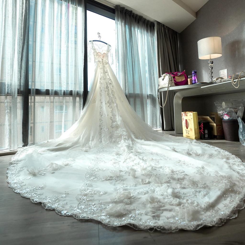 0003婚禮紀錄-婚攝-尊爵天際大飯店-白紗-高跟鞋