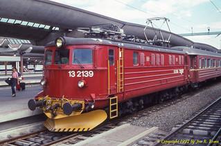 NSB class El 13 locomotive at Oslo Sentralstasjon