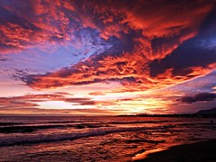 Nubes del atardecer (Antonio Chacon) Tags: andalucia atardecer marbella málaga mar mediterráneo costadelsol cielo españa spain sunset