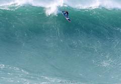 AXI MUNIAIN / 0098LFR (Rafael González de Riancho (Lunada) / Rafa Rianch) Tags: surf waves surfing olas sport deportes sea mer mar nazaré vagues ondas portugal playa beach 海の沿岸をサーフィンスポーツ 自然 海 ポルトガル heʻe nalu palena moana haʻuki kai olahraga laut pantai costa coast storm temporal