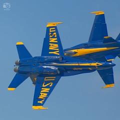 'Hi there!', Two Blue Angels over under, Vero Beach Air Show, FL, 2018-04-20 (JS_Photos) Tags: airshow airplanes blueangels verobeach florida