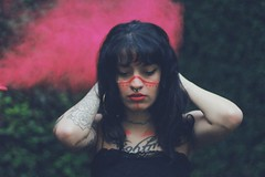 (Memórias Fotográficas) Tags: model alternative giril woman tattooed tattooist tattoo zim color pó colorido forest witch indie paganism wicca emotive photograph photography fantasy vscocam vsco cam