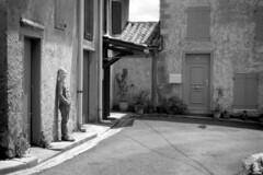 FR18 Visiting his birthplace. Montréal, Aude, Languedoc, France (Templar1307 | Galerie des Bois) Tags: montreal aude languedoc occitanie france birthplace james fed4 jupiter8 kodak tmax100 film russian boy birthday