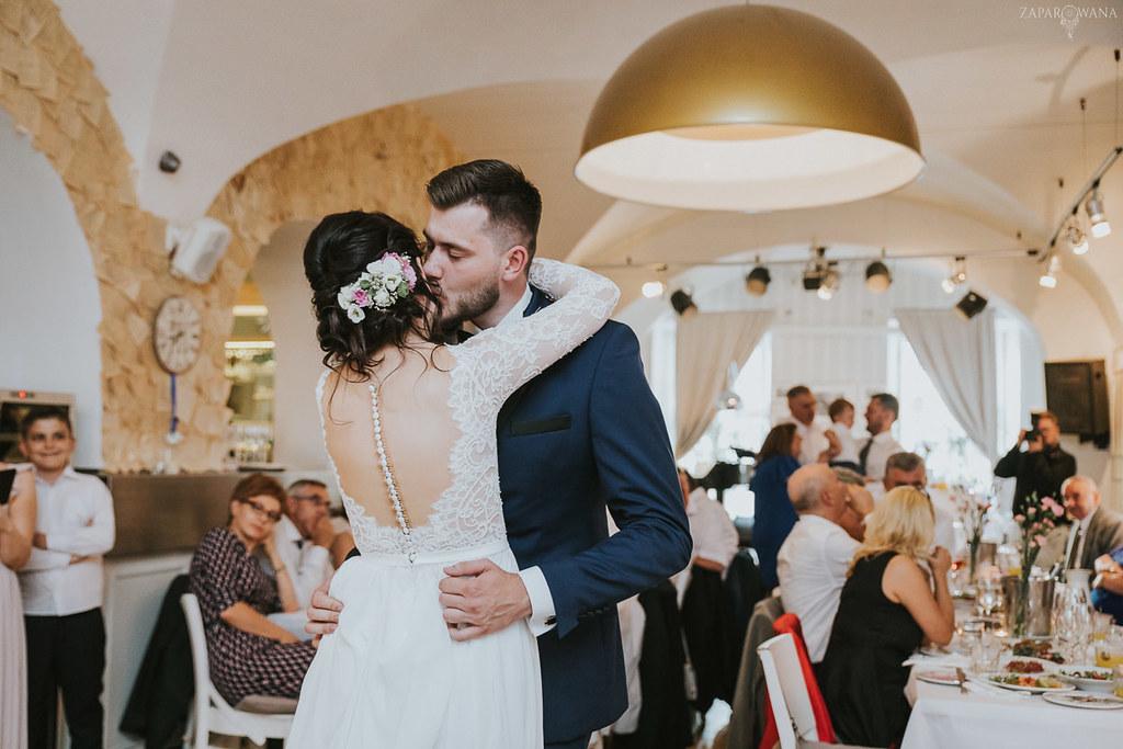 480 - ZAPAROWANA - Kameralny ślub z weselem w Bistro Warszawa