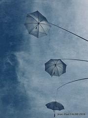 Parapluies de Joigny (JEAN PAUL TALIMI) Tags: talimi jeanpaultalimi joigny yonne bourgogne bleue vent ville architecture art ciels jardin nuages aquarelle france