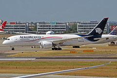 AeroMexico Boeing 787-852 N965AM LHR 30-06-18 (Axel J. ✈ Aviation Photography) Tags: aeromexico boeing 787 n965am lhr london heathrow luftfahrt fluggesellschaft flughafen flugplatz aircraft aeroplane aviation airline airport airfield 飞机 vliegtuig 飛機 飛行機 비행기 авиация самолет תְעוּפָה hàngkhông avion luchtvaart luchthaven avião aeropuerto aviación aviação aviones jet linienflugzeug vorfeld apron taxiway rollweg runway startbahn landebahn outdoor planespotter planespotting spotter spotting fracht freight cargo
