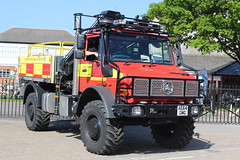 AE64 GMG (JKEmergencyPics) Tags: surrey fire rescue service sfrs mercedes benz mb unimog offroad 4x4 animal unit road crash heavy tender painshill station ae64gmg ae64 gmg brooklands emergency services show day event 2018