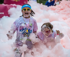 Bubble Rush Duo (Andy J Newman) Tags: tyhafan cardiff fun bubblerush run bubble charity foam soaking rush kids children wet wales unitedkingdom gb
