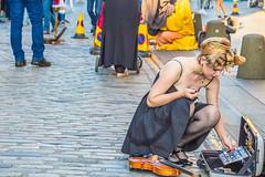 (dreamingchasingwandering) Tags: edinburgh fringe festival street performer
