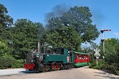 Last Train of the Day (jterry618) Tags: omahazoorailroad henrydoorlyzoo omaha nebraska steamlocomotive steamengine narrowgauge steamtrain