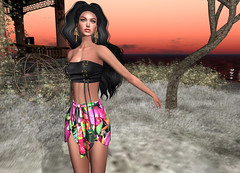 LuceMia - The Darkness Monthly Event (MISS V♛ ITALY 2015 ♛ 4th runner up MVW 2015) Tags: thedarknessmonthlyevent event adorez verena dress letituier hair shanghai baroc earrings posesion poses china set gold silver bronze sl secondlife mesh fashion creations blog beauty hud colors models lucemia