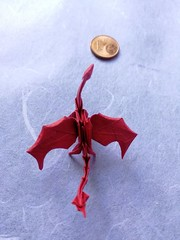 Dragon (E. Vigier) (Helyades) Tags: vigier origami pli pliage fold papier paper carré square dragon miniature fantasy animal