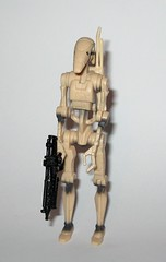 battle droid clean version star wars episode 1 the phantom menace collection 1 basic action figures 1999 hasbro i (tjparkside) Tags: battle droid droids star wars episode 1 one collection tpm phantom menace hasbro basic action figure figures versions version variant variants backpack blaster pistol pistols blasters trade federation army foot soldier soldiers 1999 commtech chip display stand base roger clean