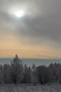 The sky frowns / Небо хмурится