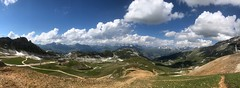 Savoie S011. (Joanbrebo) Tags: clouds nuages nuvols nubes paisatge paisaje landscape montagne mountains montaña muntanya naturaleza nature natura iphone365 iphonex france savoie lesarcs